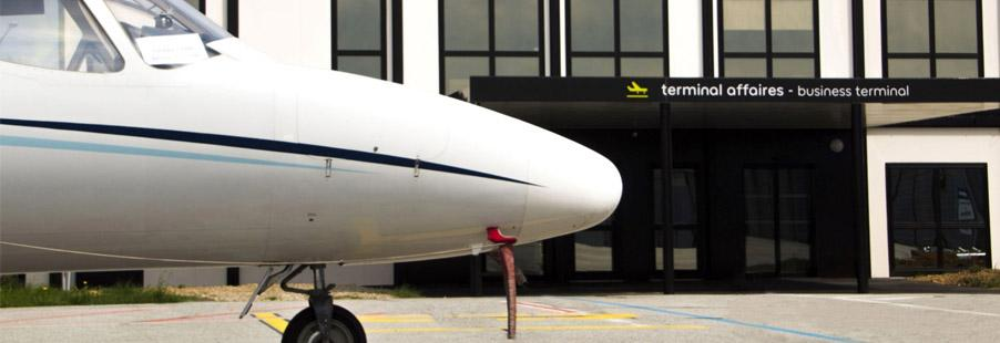 Private jet charter Grenoble