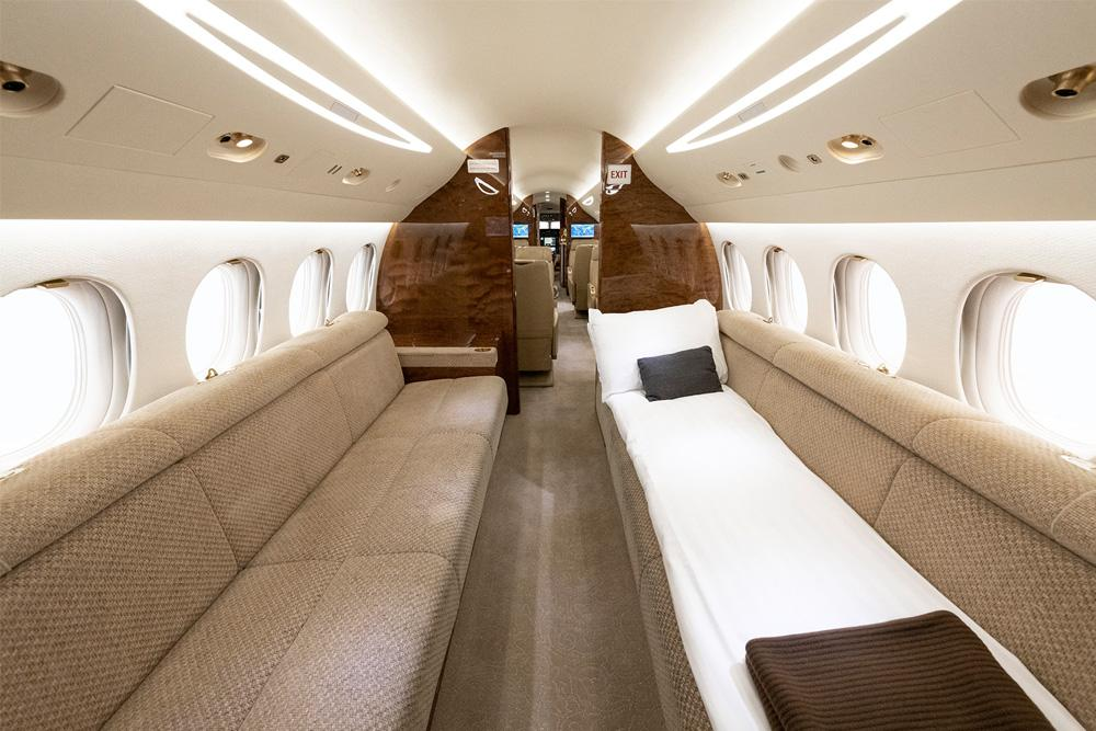Falcon 7X Interiour