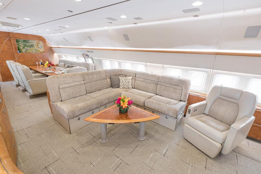 Boeing business jet Interiour